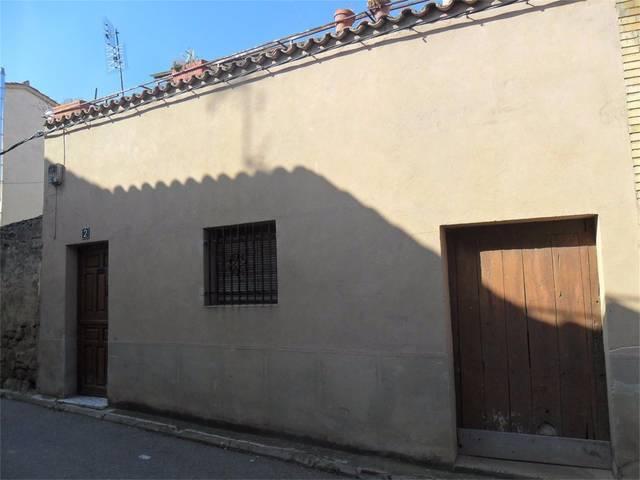 Casa adosada en Venta en Calle Calle La Perla, 2 d