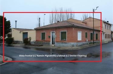Casa adosada en venta en Villanueva de Gállego