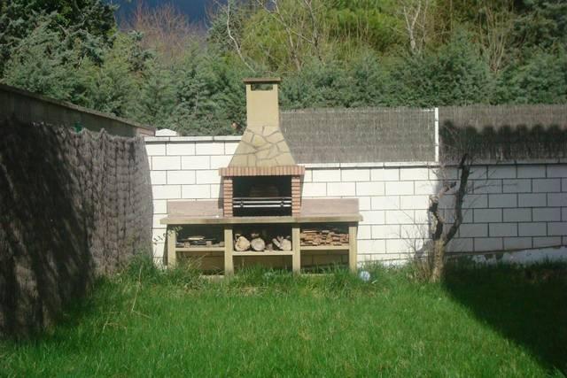 Casa adosada en Venta en Almendora,  de Haro, Casa