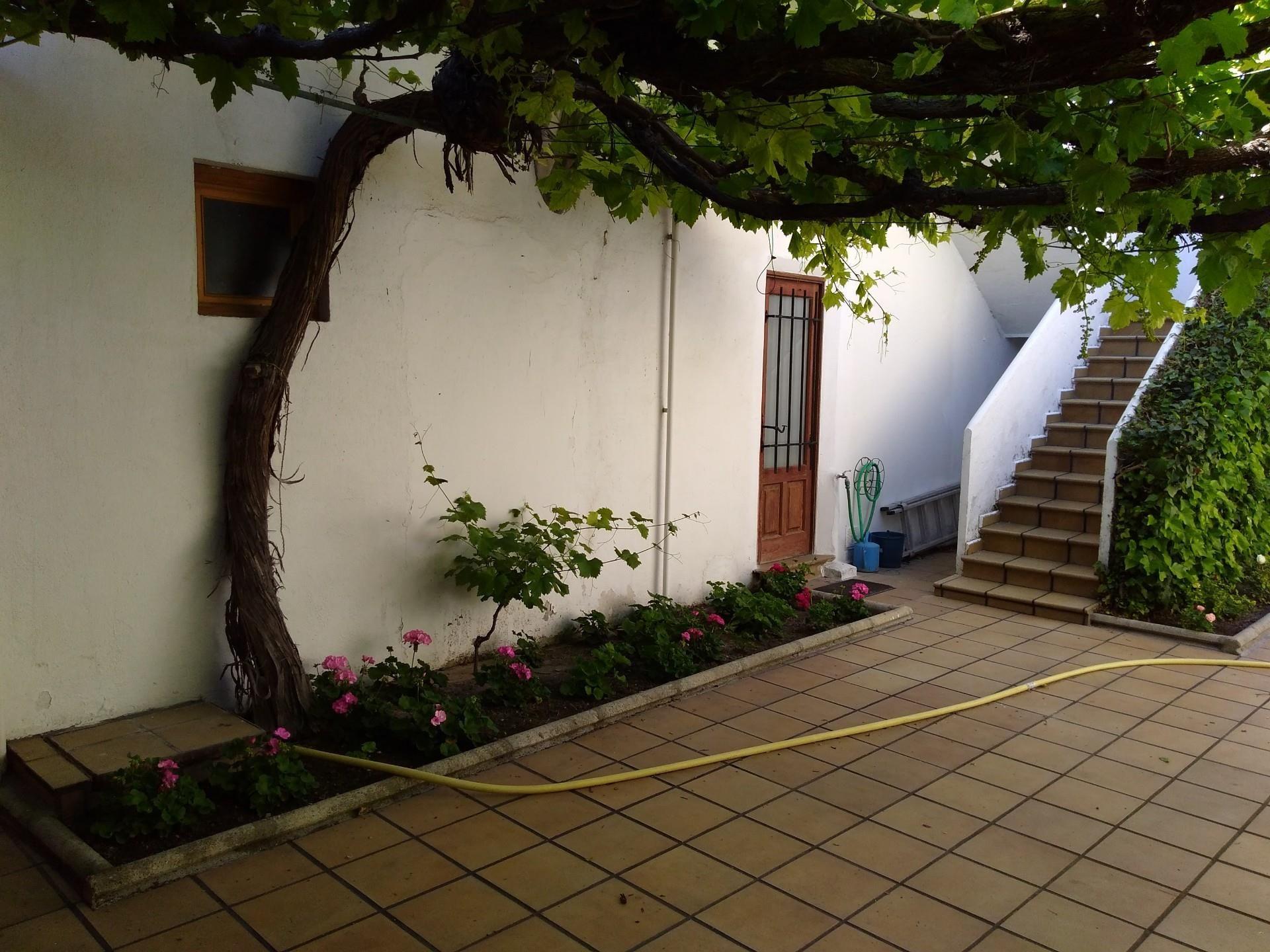 Casa o chalet de alquiler en Calle Calle San Pedro, 2, Íscar (Íscar, Valladolid)