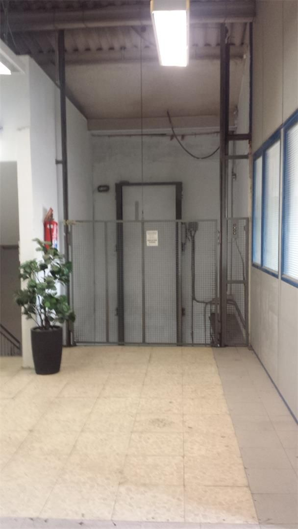Nave industrial de alquiler en Carrer del Mig, 49, Mas Rampinyo - Montcada Nova - Carrerada (Viana de Cega, Valladolid)