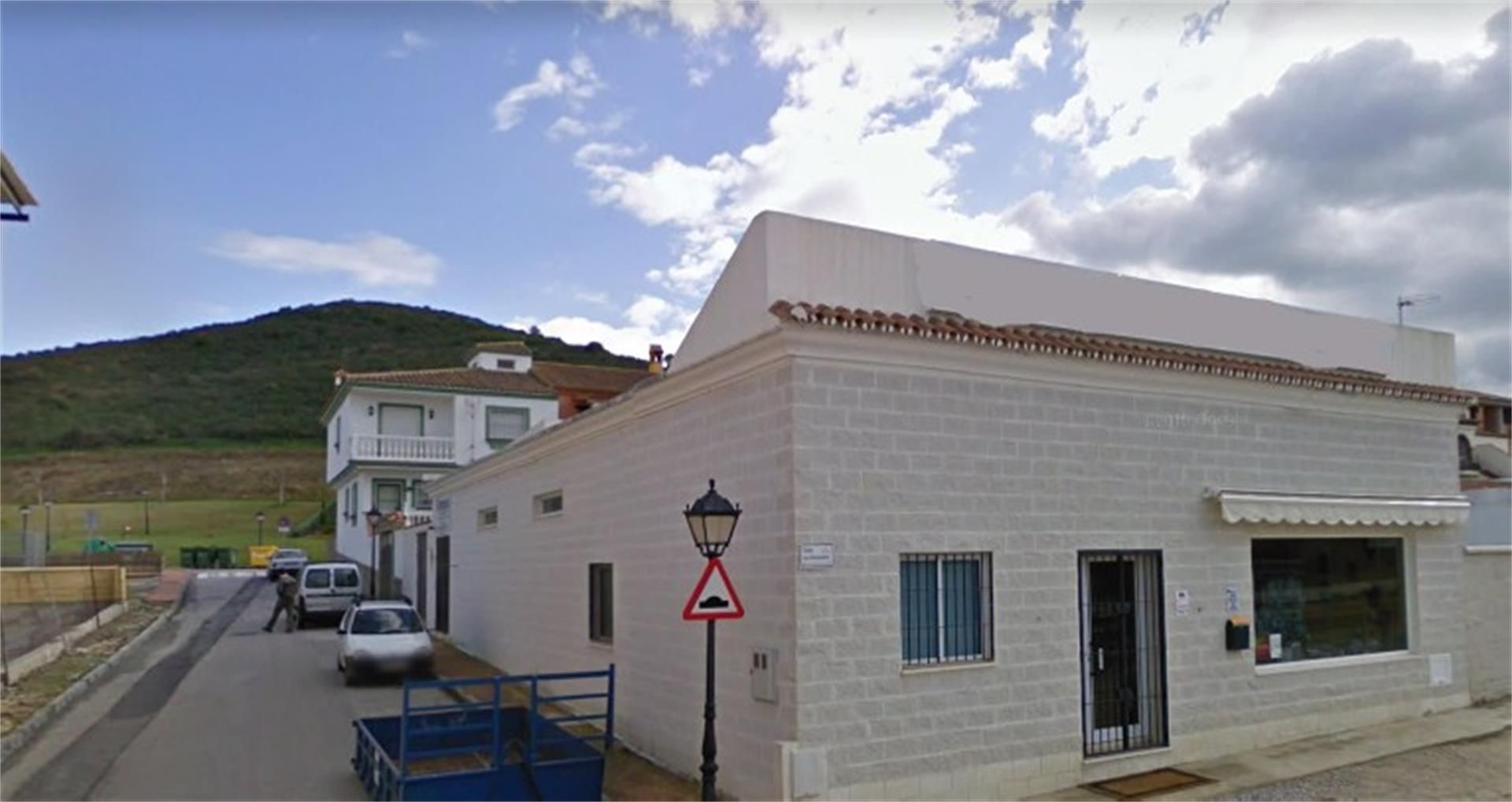 Local de alquiler en Calle Los Almendros, 1, Casares pueblo (Casares, Málaga)
