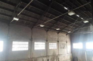 Fabrikhallen zum verkauf in Balenyà