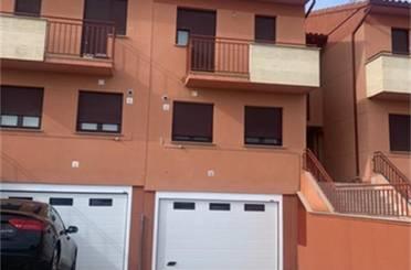 Casa adosada en venta en Plaza Calzada de Medina Moriscos, Moriscos