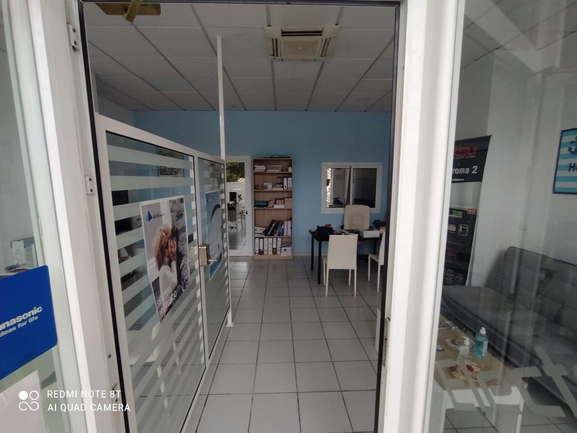 Local de alquiler en Avenida Inmaculada Concepción, Arroyo de la Miel (Benalmádena, Málaga)