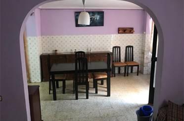 Casa adosada de alquiler en Calle Cazadores, Segorbe