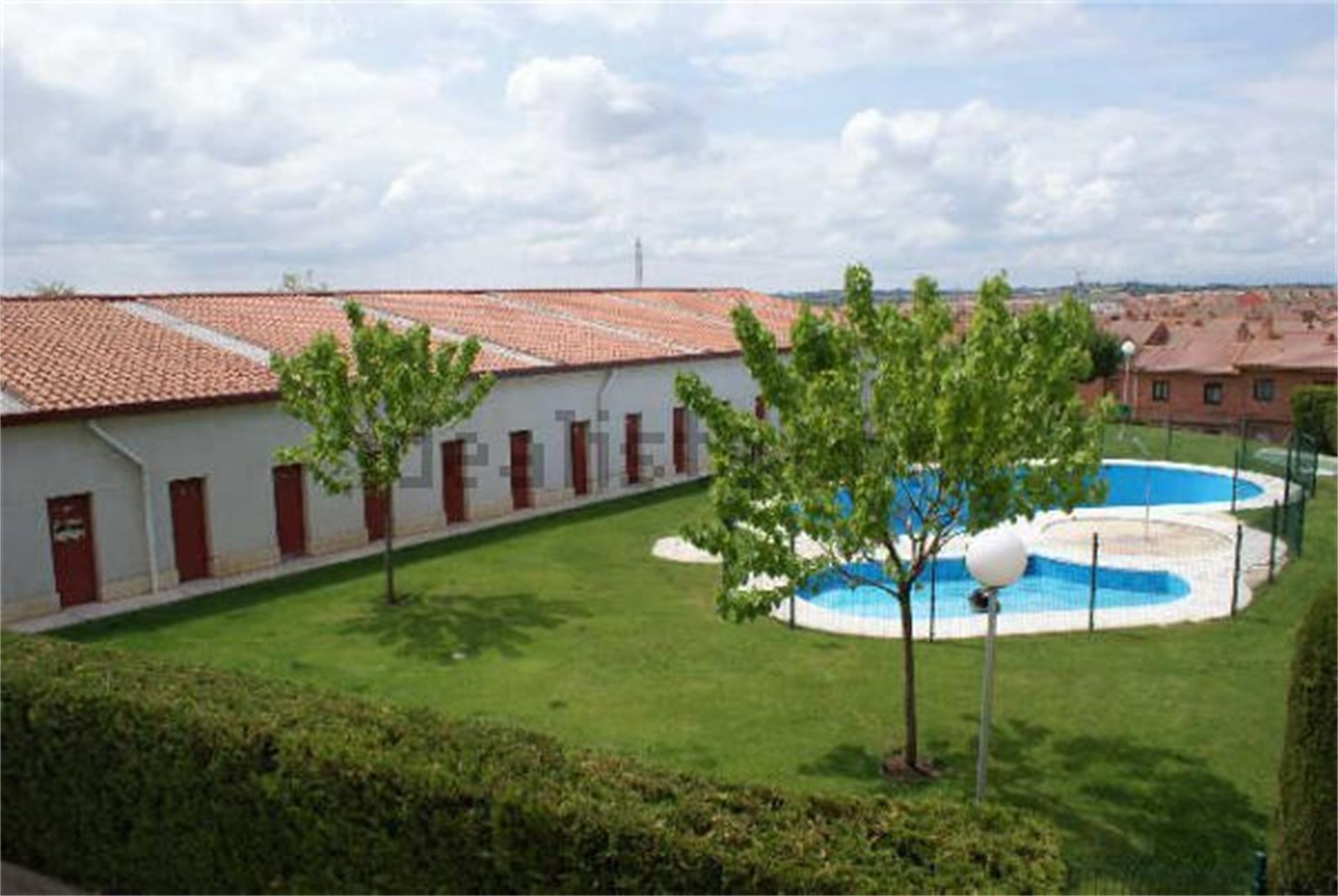 Piso de alquiler en Plaza Avd Valladolid 1, Cistérniga (Cistérniga, Valladolid)