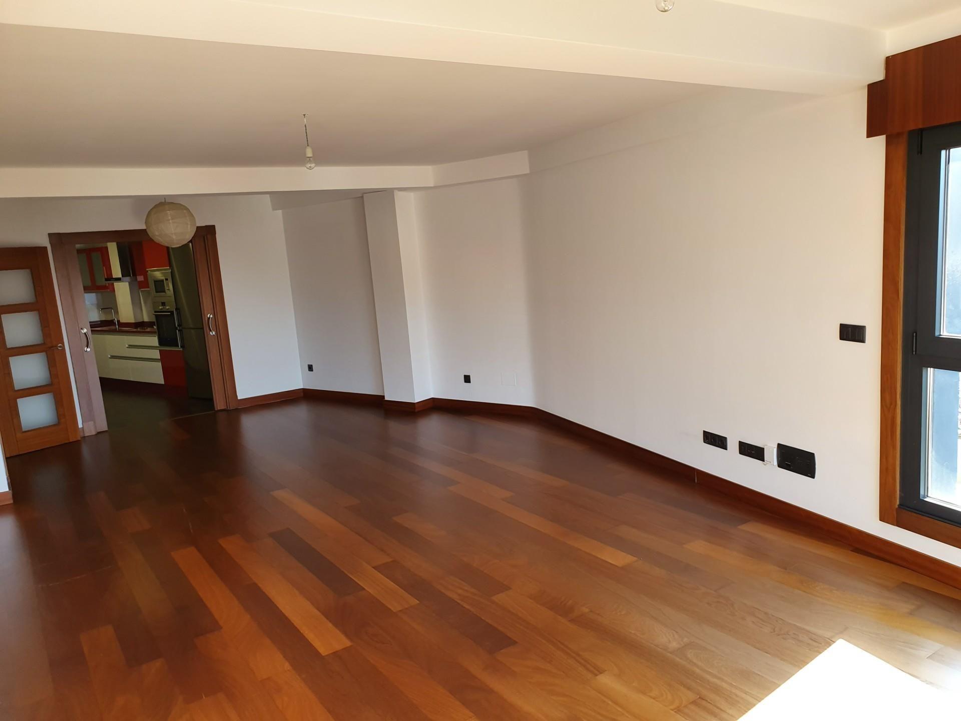 Piso de alquiler en Rúa Areal, 8, Areal – Zona Centro (Benajarafe, Málaga)