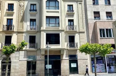 Apartamento de alquiler en Avenida de Carlos III el Noble, 25, 1º Ensanche