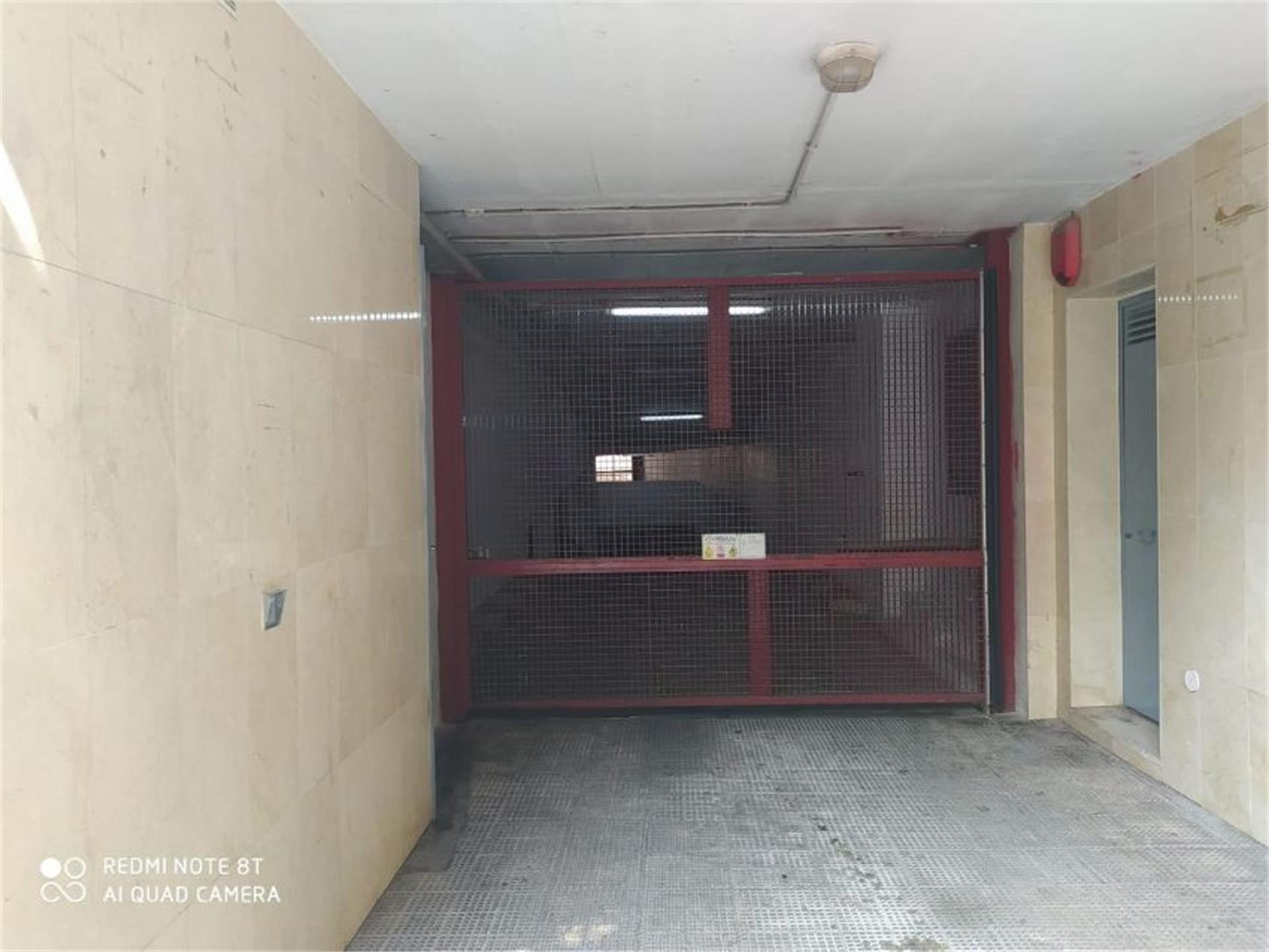 Garaje de alquiler en Avenida Inmaculada Concepción, 11, Arroyo de la Miel (Benalmádena, Málaga)
