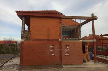 Casa o chalet en venta en Calle las Liebres, 12, Mucientes