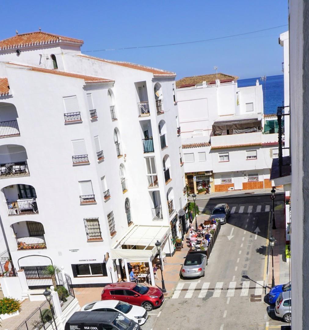 Piso de alquiler en Calle Aurora Albornoz, San Luis de Sabinillas (San Luis de Sabinillas, Málaga)