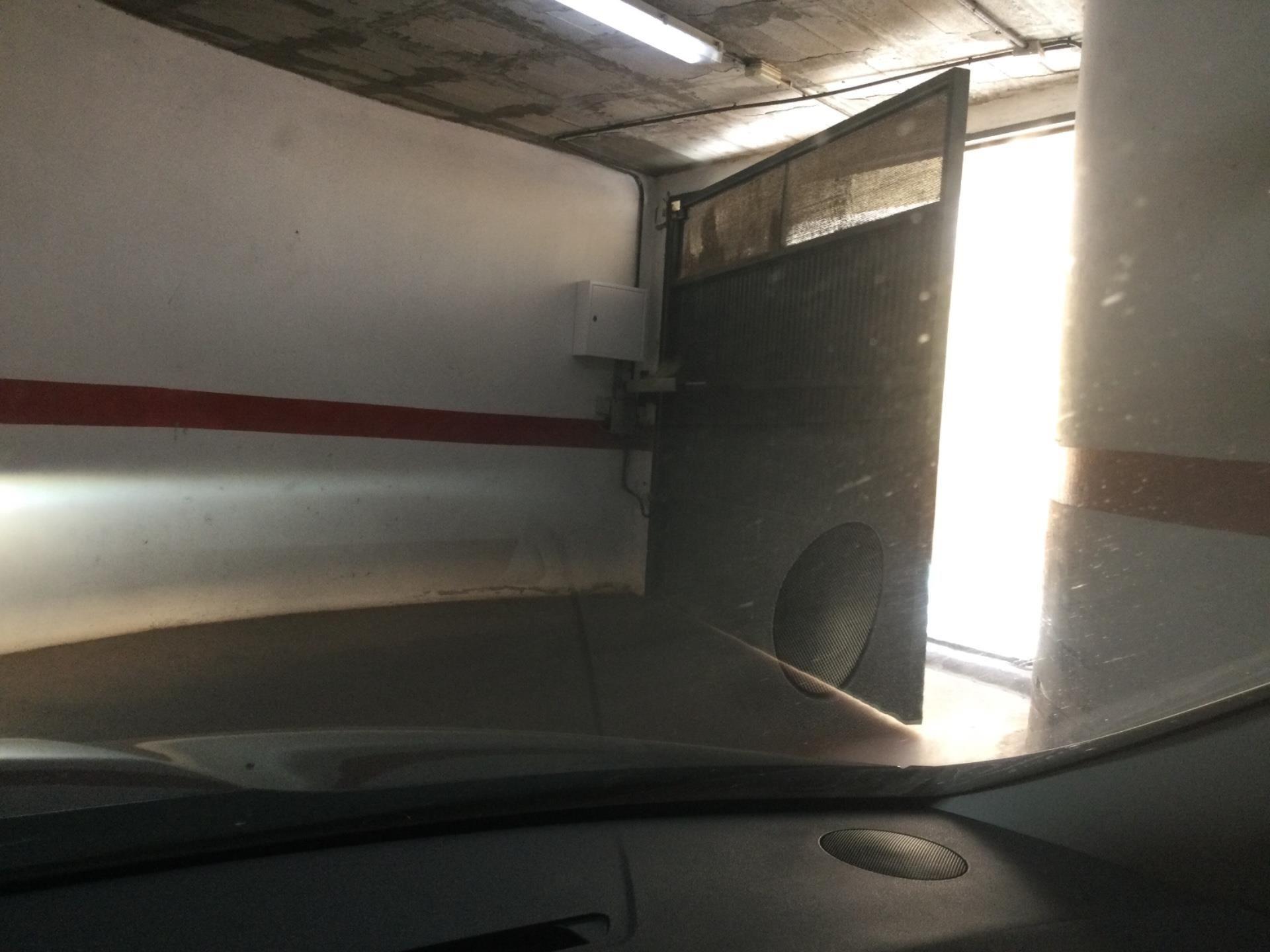 Garaje de alquiler en Avenida de España, San Luis de Sabinillas (San Luis de Sabinillas, Málaga)