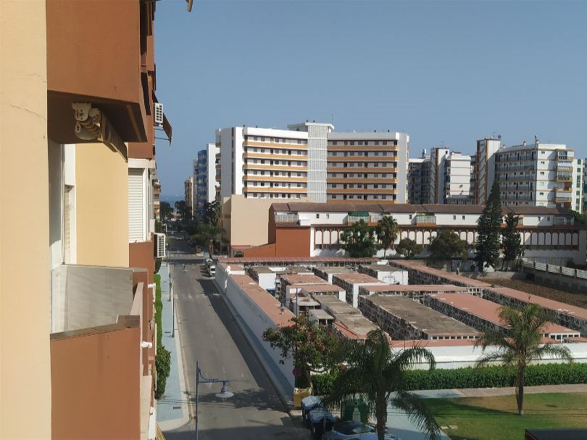 Piso de alquiler en Calle Azucarera, Paseo Marítimo de Levante (Torre del Mar, Málaga)