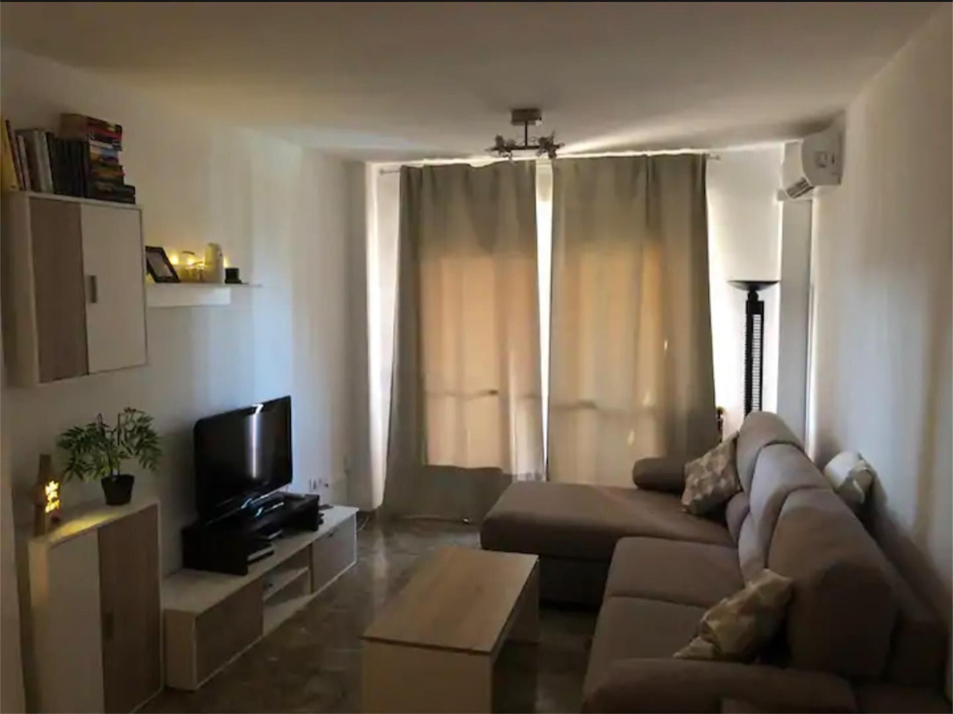 Apartamento de alquiler en Avenida de Andalucía, Algarrobo Costa (Algarrobo-Costa, Málaga)