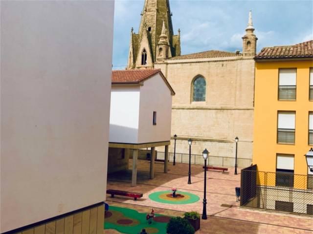 Piso en Alquiler en Calle Herrerías de  Logroño, P
