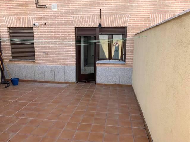 Apartamento en Alquiler en Calle Ángel Delgado de