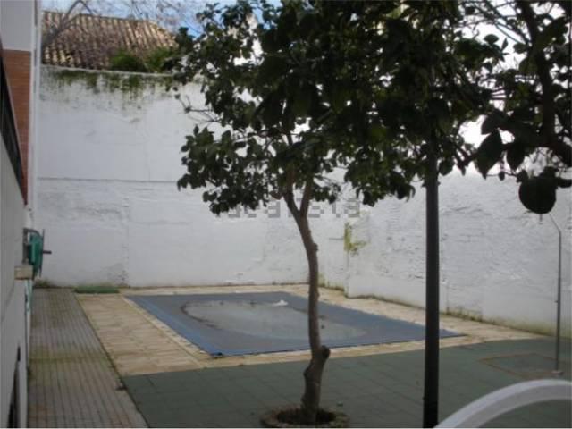 Piso en Venta en Calle Espíritu Santo de Écija, Pi
