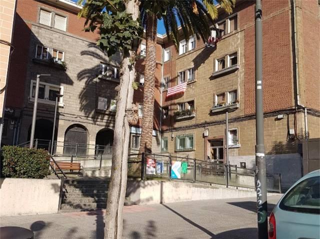Piso en Venta en Calle Iturriaga de Bilbao , Pisos